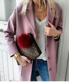 "486 curtidas, 2 comentários - @manhattan_fashion_styles no Instagram: ""Casual @annamavridis __via___ @i__am_fashion ✔ __For shoping link in bio__"""