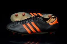 Adidas Country, Boot Types, Vintage Adidas, My Ebay, Real Leather, Studs, Im Not Perfect, Sportswear, Adidas Sneakers