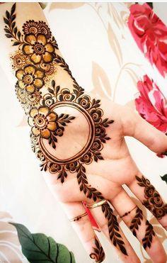Henna Flower Designs, Indian Henna Designs, Mehndi Designs Book, Full Hand Mehndi Designs, Stylish Mehndi Designs, Mehndi Designs For Beginners, Mehndi Designs For Girls, Mehndi Design Photos, Mehndi Designs For Fingers