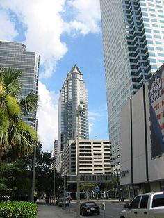 """Tampa, FL is #2 on the list of the """"Best Big Cities in the U.S.,"""" including best in the Southeast U.S. (Money magazine, August 2015).☆ Tampa is #1 (out of 150) """"Best Big Cities for Retirement"""" (Wallet Hub, 2014 & again in 2015). ☆ Tampa/Sarasota is #2 on the list of the """"Top Ten Cities People are Moving to in 2014"""" (CNN Money, 2014). ☆ """"Tampa Bay is not only the most populous and affluent metropolitan statistical area in Florida, it is also the largest television market in the state"""" (NY…"""
