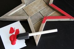 DIY Holiday Decoration: Easy Rustic Star - Crafts Unleashed