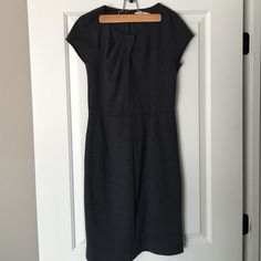 Gray knit ponte dress Gray knit ponte dress with knot detail Banana Republic Dresses