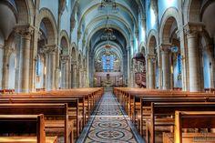 the Nave at Notre-Dame de Saint-Mande? Church in Paris
