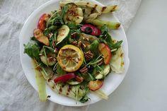 Salade met gegrilde venkel, citroen en olijven