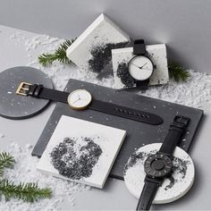 dezeen-editions-dezeen-watch-store-sq