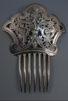 House of Harps: Hair Comb