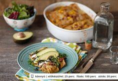 Enchilada verde Mexican Food Recipes, Ethnic Recipes, Naan, Enchiladas, Cheddar, Tacos, Cheddar Cheese, Mexican Recipes