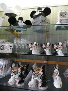 Mickey and Minnie Wedding Supplies