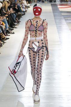 Thom Browne Spring 2020 Ready-to-Wear Fashion Show - Vogue Bad Fashion, Fashion Week, Runway Fashion, Fashion Outfits, Womens Fashion, Crazy Fashion, Modern Fashion, High Fashion Trends, Fashion Brands