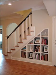 Ideas for Space Under Stairs Basement idea: Under Stair Storage Design, Pictures, Remodel, Decor and Ideas - page 10 Shelves Under Stairs, Space Under Stairs, Staircase Storage, Stair Storage, Staircase Ideas, Stair Shelves, Storage Shelves, Staircase Design, Staircase Bookshelf
