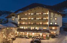 Das Hotel Schwarzer Adler in Nauders im Winter