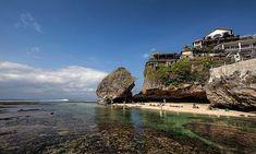 "Pantai Blue Point, Nama ""Beken"" dari Pantai Suluban"