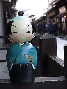 Kokeshi Samurai www.artigianatogiapponese.it