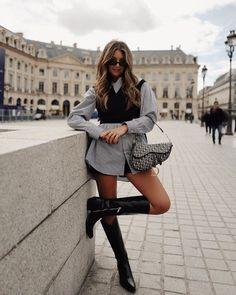 Paris Fashion Week: The transcendental street style looks Paris Fashion Week: The transcendental street style looks,Style Paris Fashion Week: The transcendental street style looks Street Style Outfits, Paris Outfits, Looks Street Style, Mode Outfits, Chanel Street Style, Street Look, Paris Spring Outfit, Paris Street Style Summer, Street Girl