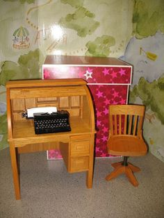 American Girl Doll Kit Rolltop Desk -chair -typewriter -box Excellent Condition