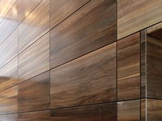Revestimientos de pared | FIREwood | Lindner Group. Check it out on Architonic