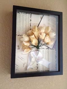 Perfect way to reserve the memories in the shadow box. Flowers, wedding invitations, vows etc etc. will do for my wedding!
