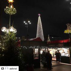 Desember er tid for julemarked. #reiseblogger #reiseliv #reisetips #reiseråd  #Repost @askrwi (@get_repost)  Julemarked i Hamburg