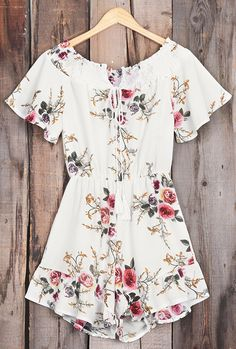 Short Shipping Time! Easy Return + Refund! Only $21.80 Now! Dream away, darling! You'll need to come up with some new ones once you get this floral printing dress! It will fulfill all your old dreams of looking adorable!