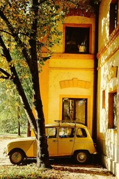 Renault 4 by Nikola Čavić - Photo 131019979 / aesthetic Rainbow Aesthetic, Aesthetic Colors, Aesthetic Collage, Aesthetic Vintage, Aesthetic Pictures, Aesthetic Women, Aesthetic Gif, Aesthetic Clothes, Photo Wall Collage