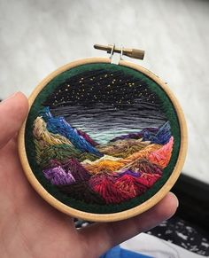 Wonderful Ribbon Embroidery Flowers by Hand Ideas. Enchanting Ribbon Embroidery Flowers by Hand Ideas. Crewel Embroidery Kits, Learn Embroidery, Silk Ribbon Embroidery, Hand Embroidery Patterns, Cross Stitch Embroidery, Machine Embroidery, Embroidery Thread, Embroidery Tattoo, Simple Embroidery