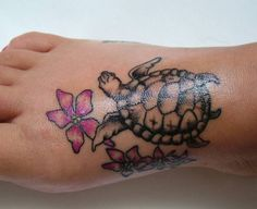 I like this little turtle which would symbolize my daughter (but it needs more color) but I need the shell to somehow incorporate the names of my 3 grandchildren into the shell pattern. I'm not sure I would put this on my foot though. Cute turtle.