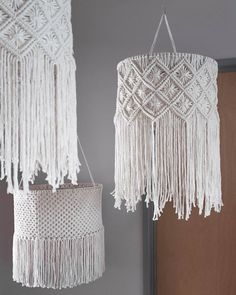 Macrame Design, Macrame Art, Macrame Projects, Macrame Knots, Macrame Wall Hanging Patterns, Macrame Patterns, Diy Chandelier, Macrame Tutorial, Boho Diy