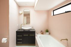 A beautiful example of the Villeroy & Boch My Nature vessel basin. Love the colour scheme of this bathroom from Watara Constructions Small Rooms, Small Spaces, Bold Wallpaper, Bathroom Styling, Bathroom Ideas, Bathroom Cleaning, Modern Bathroom Design, Amazing Bathrooms, Corner Bathtub