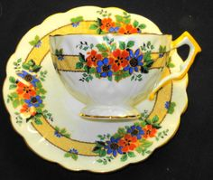 AYNSLEY TEXTURE ART DECO RED BLUE FLOWER YELLOW WHITE TEA CUP AND SAUCER