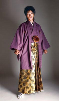 Men kimono & hakama Ark Clothing, Clothing Patterns, Kimono Japan, Japanese Kimono, Kimono Outfit, Kimono Fashion, Male Kimono, Men's Kimono, Men's Yukata