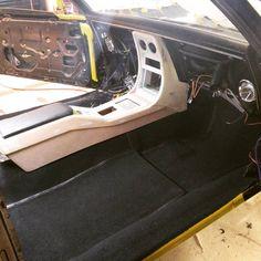 Carpet is in and console wrap is under way . Custom Car Interior, Car Interior Design, Truck Interior, Custom Car Audio, Custom Cars, Chevy Camaro, Corvette, Chevrolet, Fiat Uno
