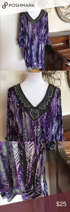 Catherine's Size 2X Gorgeous Top with Beading Excellent Condition! Tag says 0X but it fits like a 2X - It definitely runs big. Added Dimensions brand for Catherine's. Catherines Tops Blouses