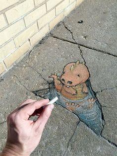 Street Art by David Zinn Amazing Street Art, 3d Street Art, Street Art Graffiti, Street Artists, David Zinn, Chalk Pictures, Urbane Kunst, Sidewalk Chalk Art, Chalk Drawings
