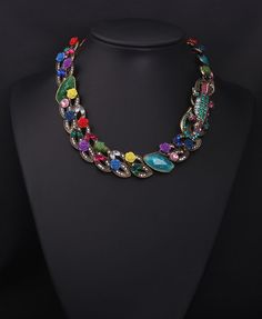 High quality vintage crocodile and floral chunky bib statement necklace