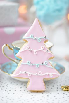 Fantastic Christmas cooking info are available on our internet site. look at this and you wont be sorry you did. Christmas Tree Cookies, Pink Christmas Tree, Beautiful Christmas Trees, Noel Christmas, Christmas Treats, Christmas Recipes, Holiday Recipes, Christmas Foods, Holiday Appetizers