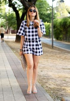 Yes, this week is all about patterns and total looks it seems. Chic Outfits, Pretty Outfits, Summer Outfits, Fashion Outfits, Summer Dresses, Kurta Designs Women, Blouse Designs, Look Fashion, Girl Fashion