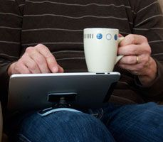 PadPivot - Comfortably hold your tablet in place!