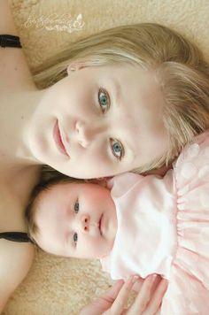 Beautiful mom and baby photo idea