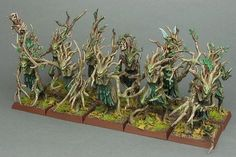 The Internet's largest gallery of painted miniatures, with a large repository of how-to articles on miniature painting Warhammer Wood Elves, Figurine Warhammer, Warhammer Figures, Warhammer Aos, Tree People, Wood Elf, Dark Elf, High Fantasy, Mini Paintings