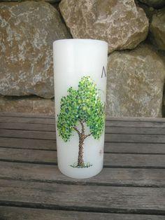 #Hochzeitskerze mit #Baum  #dotpainting #punkte #lebensbaum #hochzeit #ehe #trauung #kerze Dot Painting, Pillar Candles, Planter Pots, Wolf, Creative, Paper, Wedding Day, Dots, Marriage