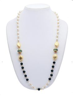 https://www.justprettythings.com/Necklaces/GREEN-TRADITIONAL-NECKLACE-id-2606999.html