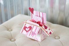 New to RycesPiecesKnits on Etsy: Lovebird handmade card (10.00 USD)