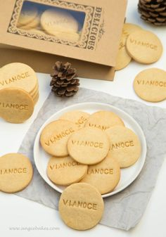 Cookies Et Biscuits, Something Sweet, Amazing Cakes, Christmas Cookies, Ice Cream, Sweets, Kitchen, Desserts, Food
