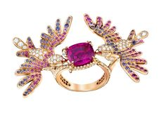 Oiseaux de Paradis Between The Finger ring from Van Cleef & Arpels, with pink sapphires, blue sapphires and diamonds.