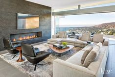Living Out Loud in Los Angeles Living Room Sofa, Living Room Furniture, Modern Furniture, Ideas Terraza, Contemporary Interior, Great Rooms, Living Room Designs, Family Room, New Homes