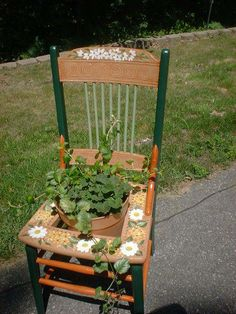 Trash To Treasure Outdoor | Trash to Treasure - Crafts and Decorations Forum - GardenWeb