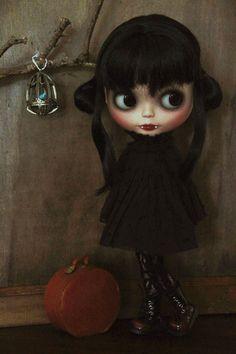 Little Vampire (by SleepyGirl2) ❤️❤️❤️❤️❤️❤️❤️❤️❤️❤️❤️❤️❤️❤️❤️❤️❤️