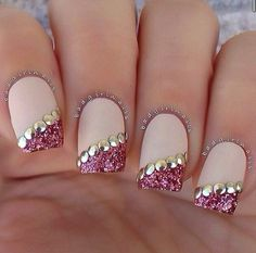 25 Most Eye Catching Rose Gold Nails To Copy These trendy Nails ideas would gain you amazing compliments. Check out our gallery for more ideas these are trendy this year. Fancy Nails, Love Nails, Trendy Nails, Sparkle Nails, Fabulous Nails, Gorgeous Nails, Amazing Nails, Nail Art Designs 2016, Loose Glitter