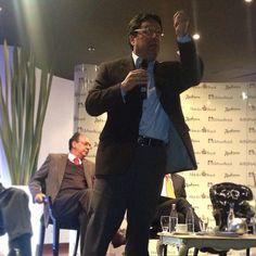 Colombia tiene que crecer al 6 o 7% anual. Necesitamos políticas claras de competitividad y competencia. El crecimiento tiene que ser para todos. Foro Económico. @PachoSantosC