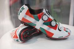 LUCK Invictus Basque Country edition.  LUCK-BIKE.ES The place where build only your perfect and exclusive pro cycling shoes.